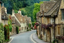 Seniors Cultural Travel - culturally immerse yourself in small towns in England