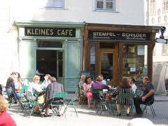 foreign language courses abroad - meeting local people - cafe germany