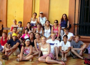 teen summer programs abroad - Teens after an excursion