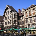 Get to know smaller cities in France